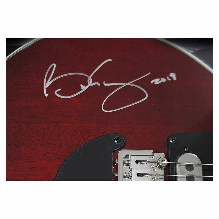 Brian May Signed Guitar – Queen