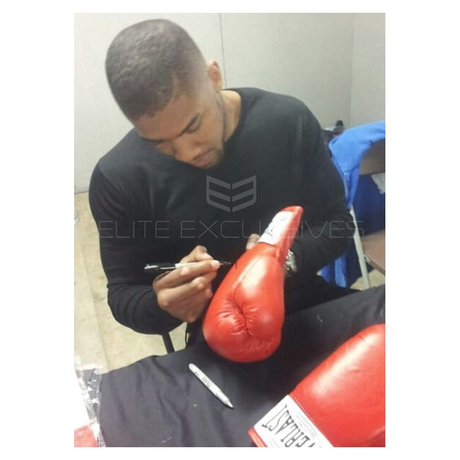 Signed Anthony Joshua Everlast Glove