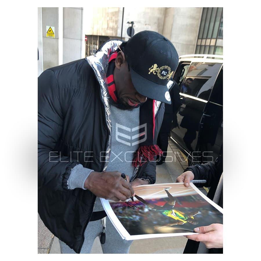 Usain Bolt Signed 2012 Olympic Photo & Replica Medal