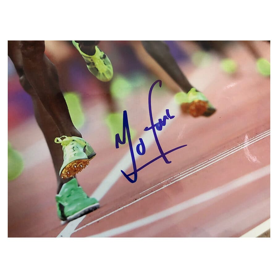 Sir Mo Farah Signed 2012 Olympic Photo & Replica Medal