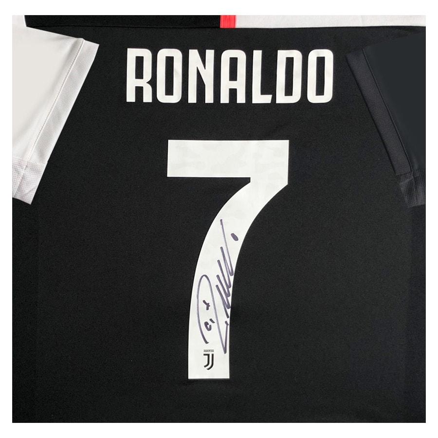 Cristiano Ronaldo Signed Shirt CR7 – Juventus 2020