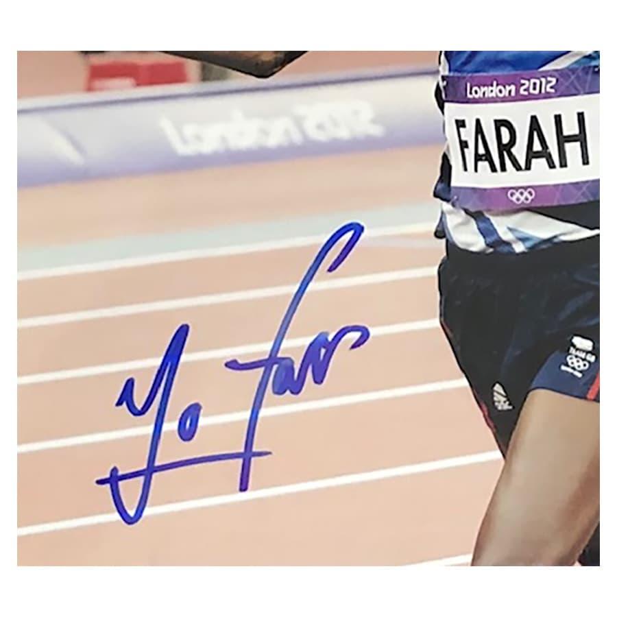 Mo Farah Signed 2012 Olympic Photo & Replica Medal