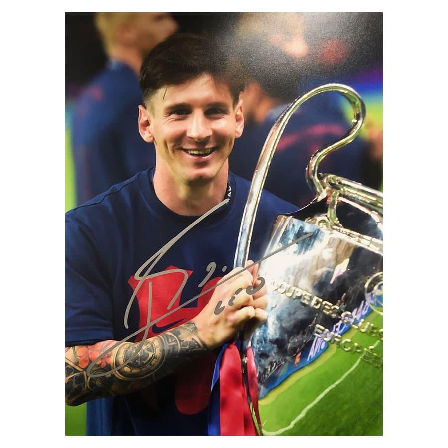 Lionel Messi Signed Photo FC Barcelona & Rare Used Shin Guard